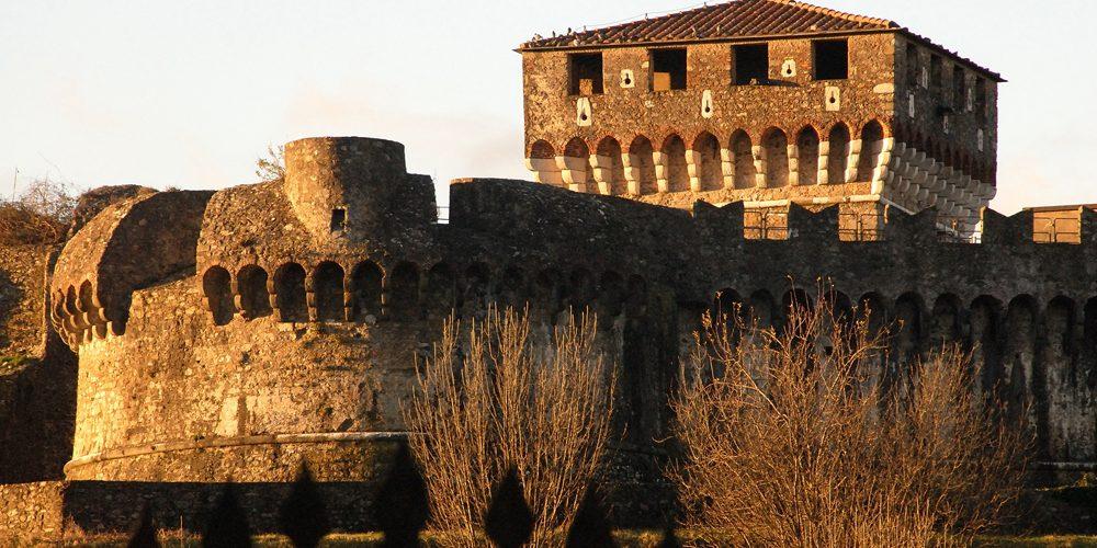 Sarzana:  Fortezza di Sarzanello